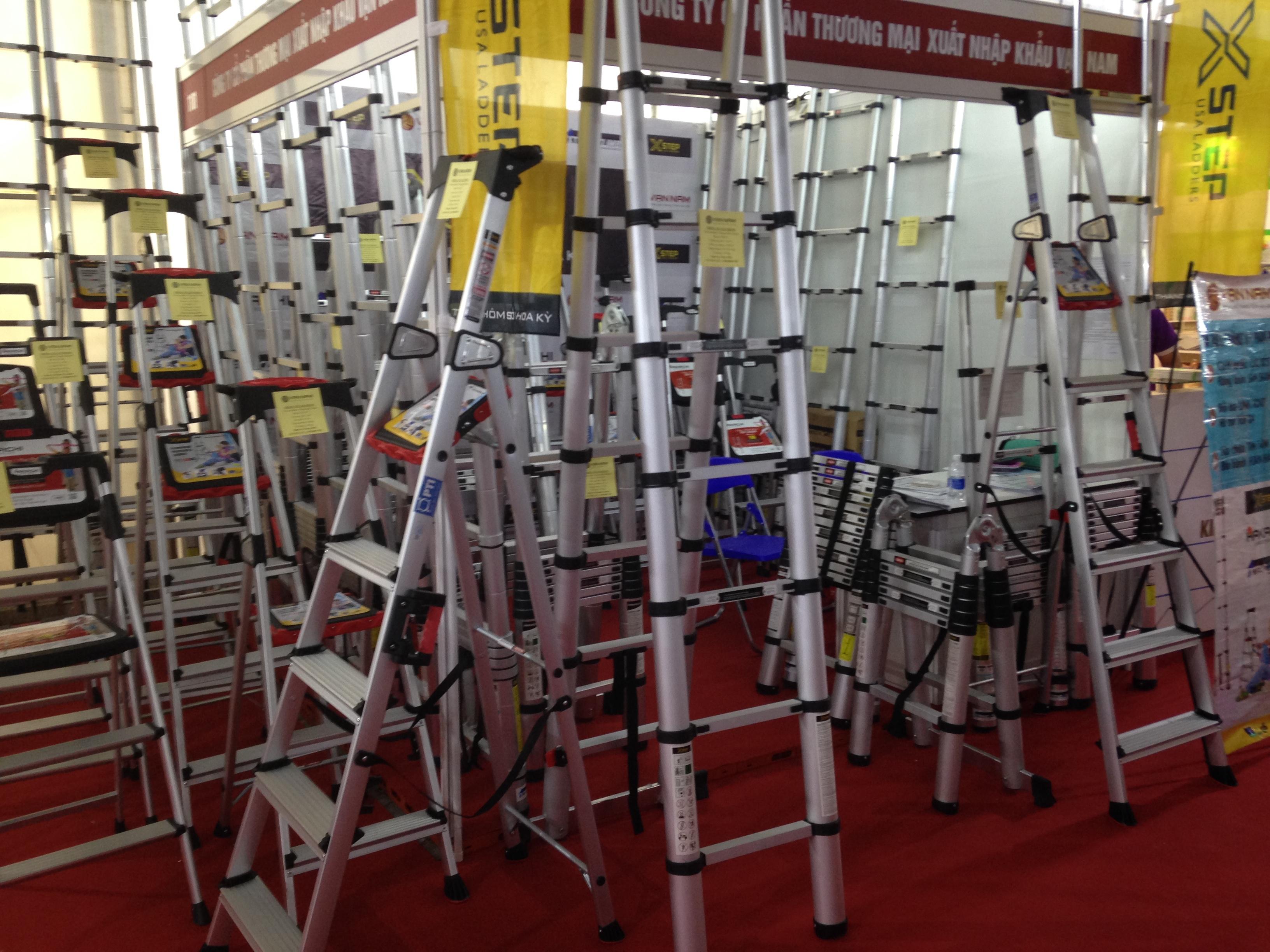 Thang rút Hakachi: Lựa chọn của 90% gia đình & thợ sửa điện tại Việt Nam