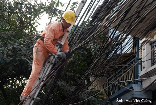 Thang điện lực,thang xây dựng: Hướng dẫn sử dụng an toàn và hiệu quả